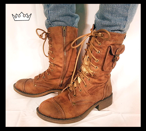 great deals on Roxy boots like these! Come check out the many boots